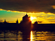 City  screensavers  nfsMakaryevMonasterySunset