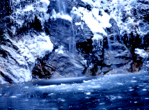 Nature  screensavers  nfsWinterWaterfall